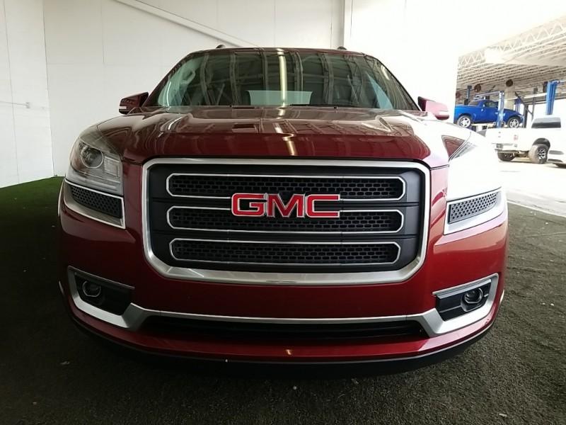 GMC Acadia 2015 price $26,977