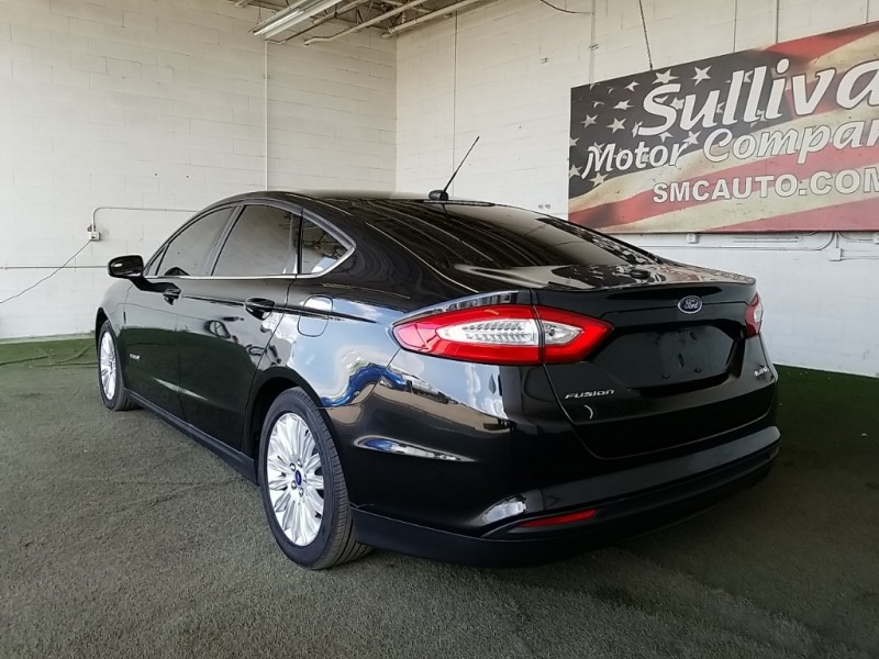 Ford Fusion Hybrid 2015 price $19,777