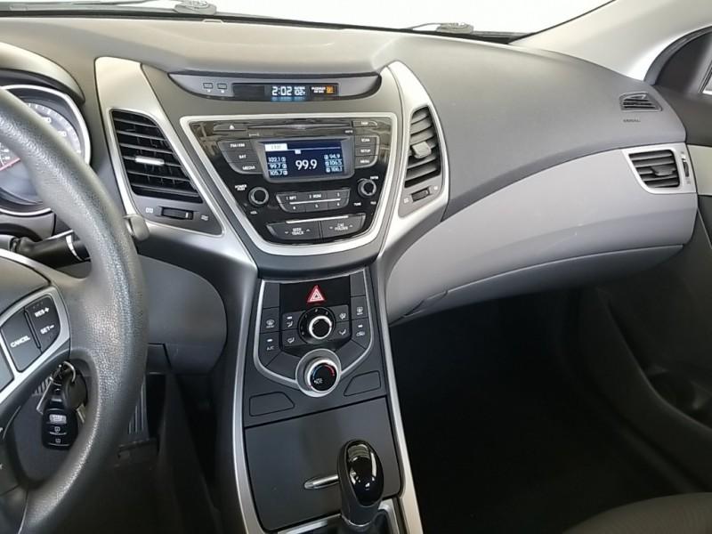 Hyundai Elantra 2016 price $18,577