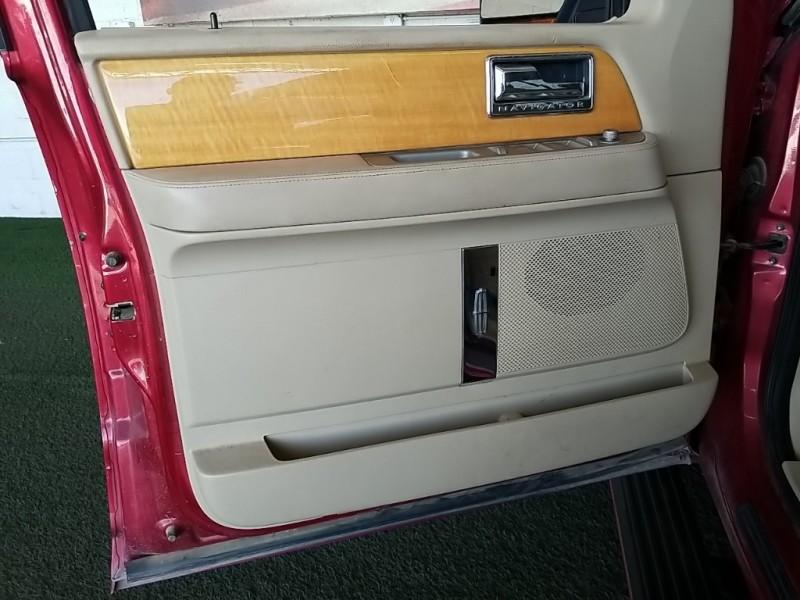 Lincoln Navigator 2008 price $15,777