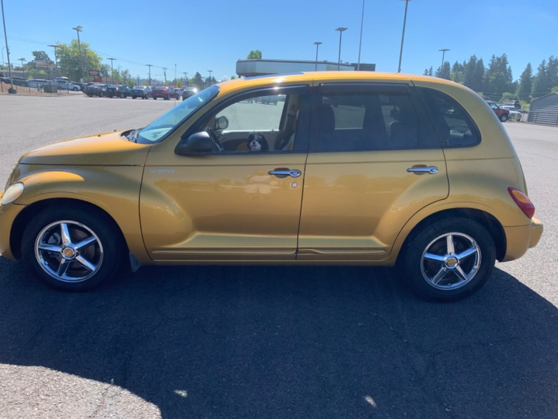 Chrysler PT Cruiser 2002 price $2,995