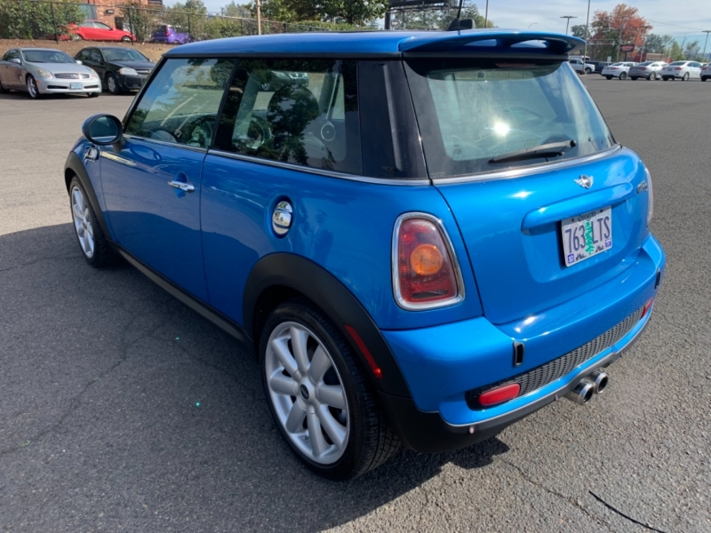 Mini Cooper Hardtop 2007 price $7,495