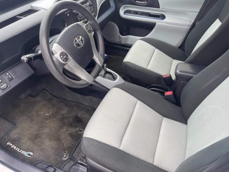Toyota PRIUS C 2012 price $8,995