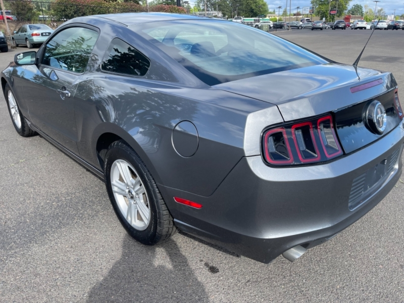 Ford Mustang 2013 price $17,995