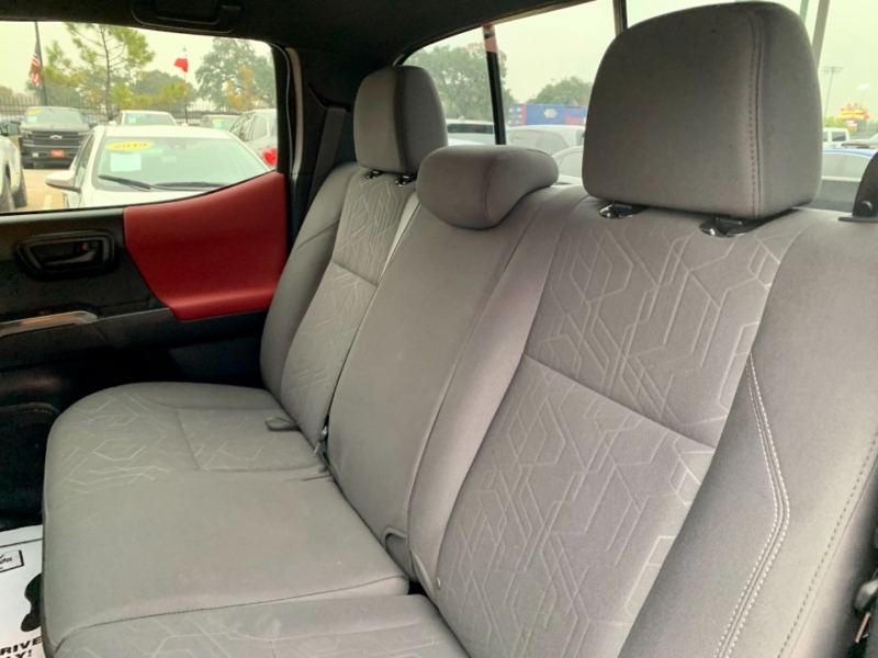 Toyota Tacoma 2WD 2019 price $5,950