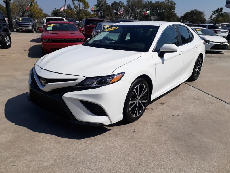 Toyota Camry 2020 price $3,950 Down