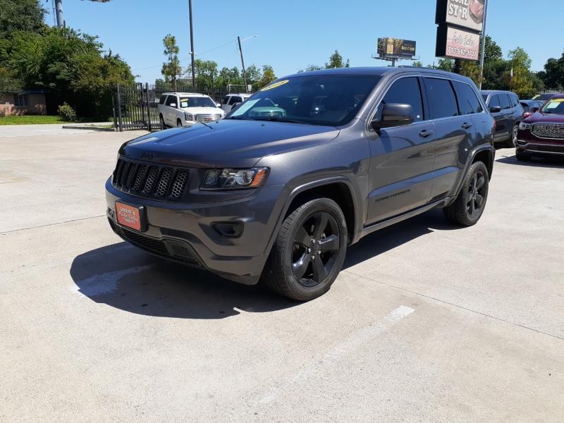 Jeep Grand Cherokee 2015 price $3,999 Down
