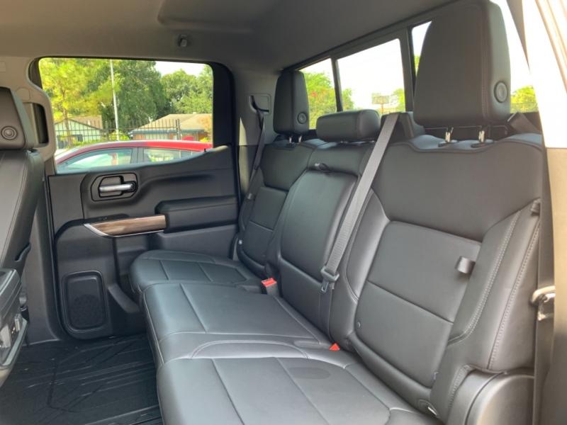 Chevrolet Silverado 1500 2021 price LLAMANOS