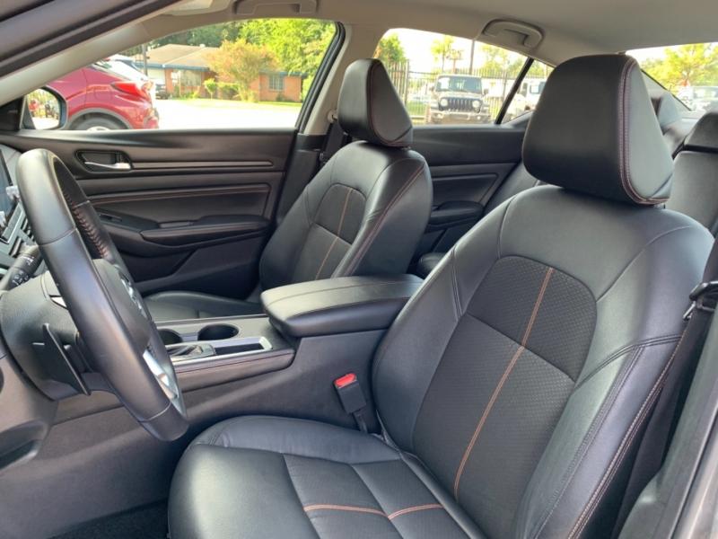 Nissan Altima 2020 price LLAMANOS