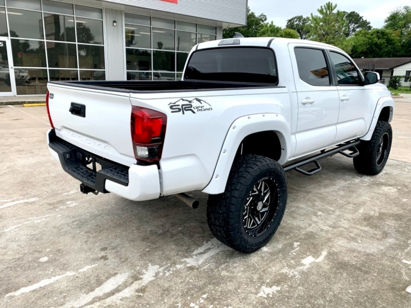 Toyota Tacoma 2WD 2020 price SOLD.