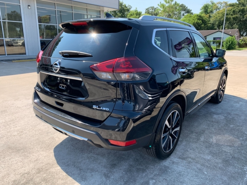 Nissan Rogue 2019 price LLAMANOS