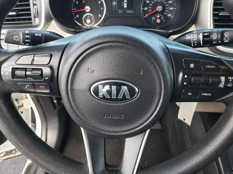 Kia Sorento 2016 price $14,999