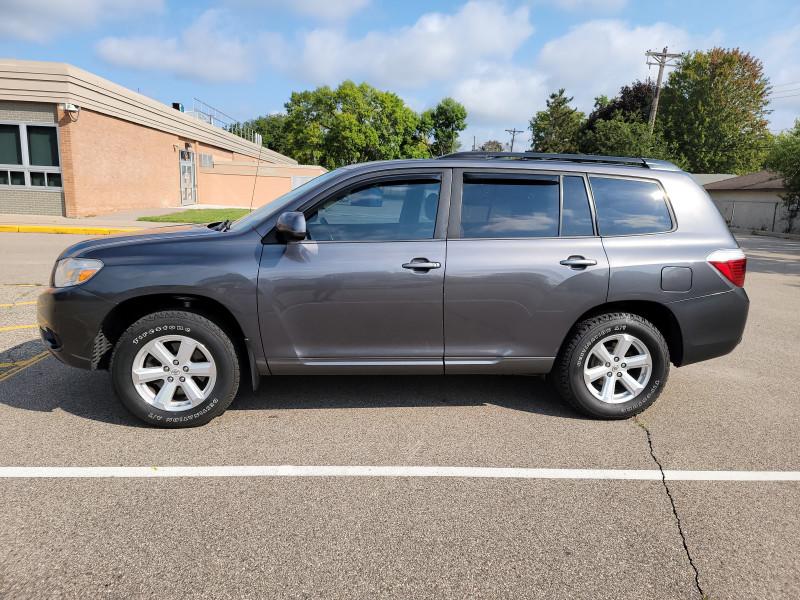 Toyota Highlander 2010 price $9,999