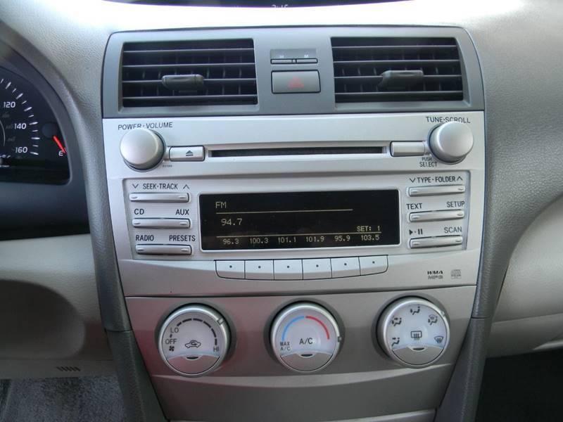 Toyota Camry 2010 price $8,935