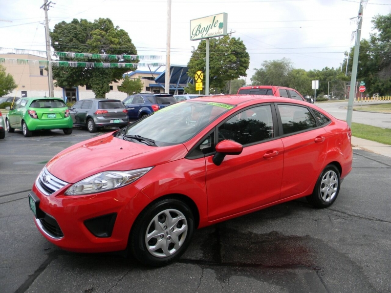 Ford Fiesta 2012 price $7,999