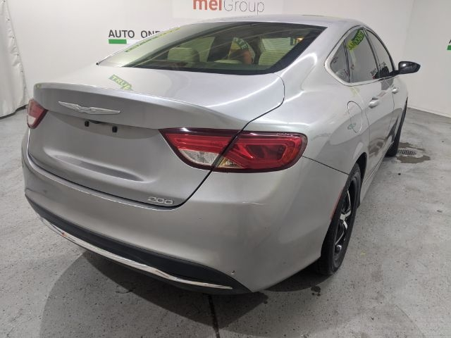 Chrysler 200 2016 price Call for Pricing.