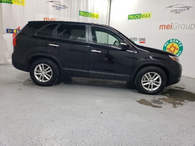 Kia Sorento 2014 price Call for Pricing.