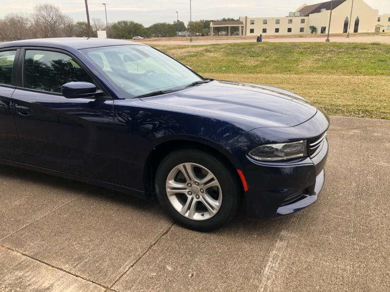 Dodge Charger 2017 price $15,500
