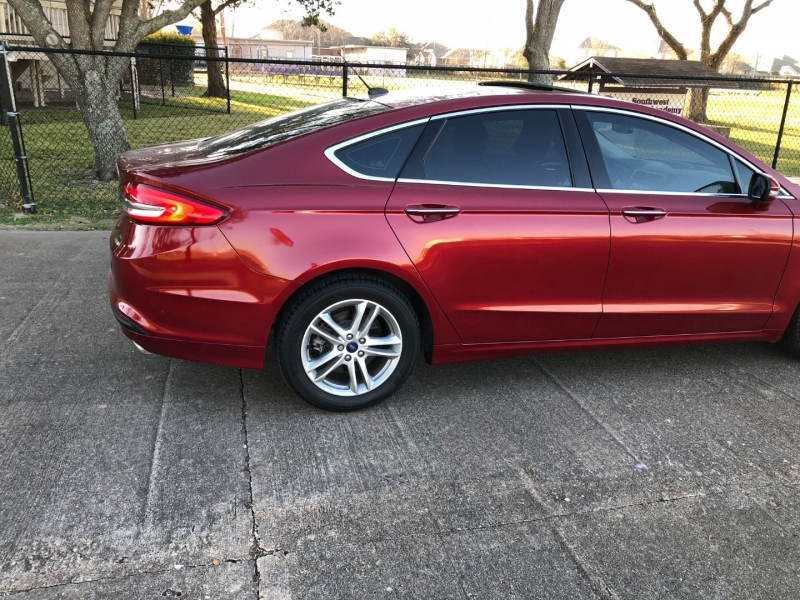 Ford Fusion 2018 price $14,200