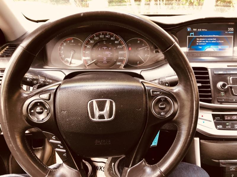 Honda Accord Sedan 2015 price $14,888