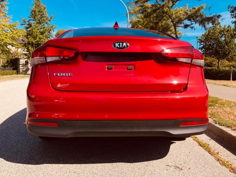Kia Forte 2017 price $11,888