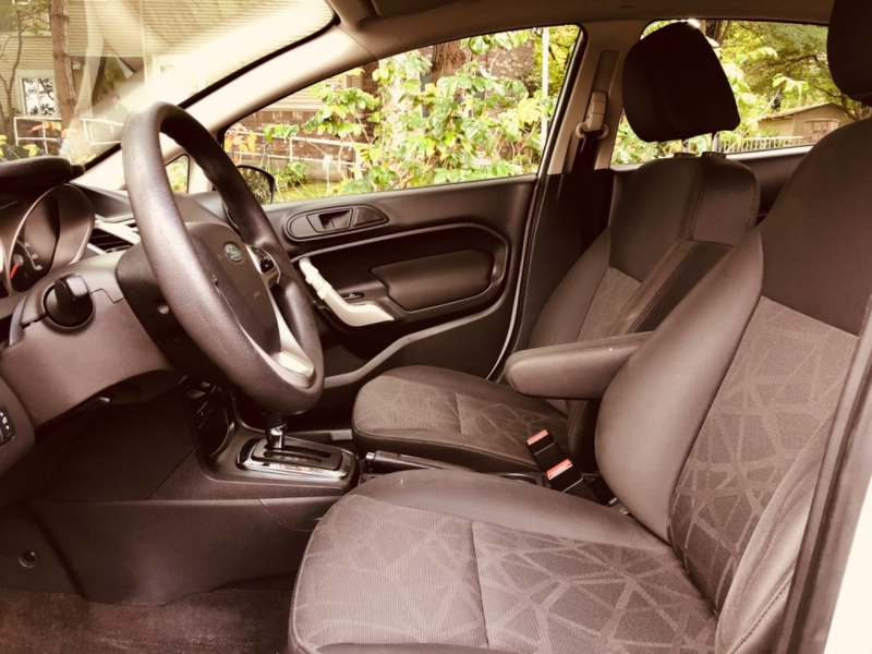 Ford Fiesta 2013 price $7,388