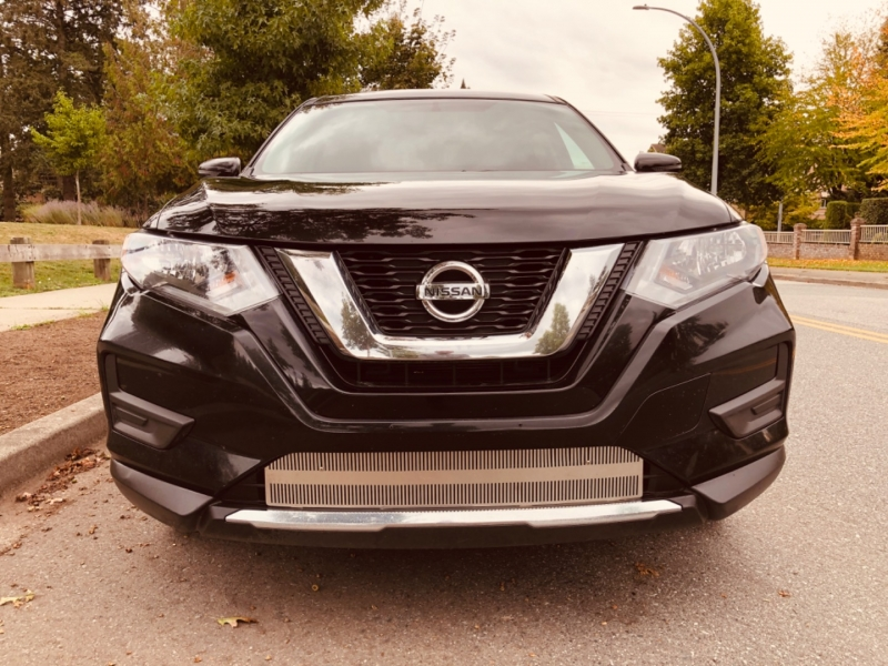 Nissan Rogue 2017 price $17,888