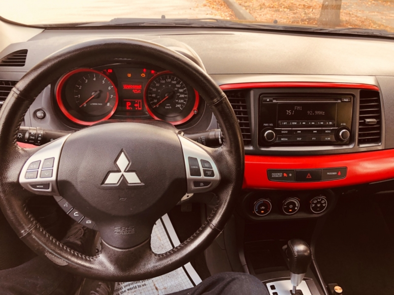 Mitsubishi Lancer 2015 price $12,888