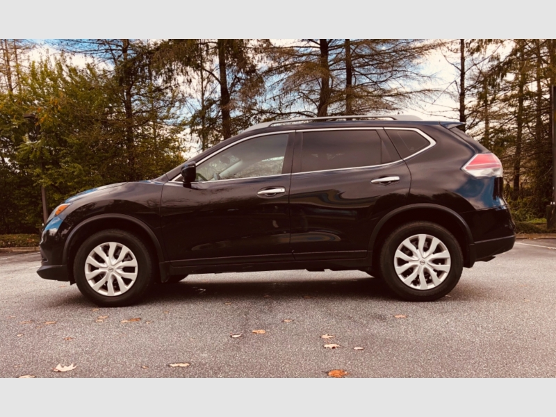 Nissan Rogue 2016 price $16,888