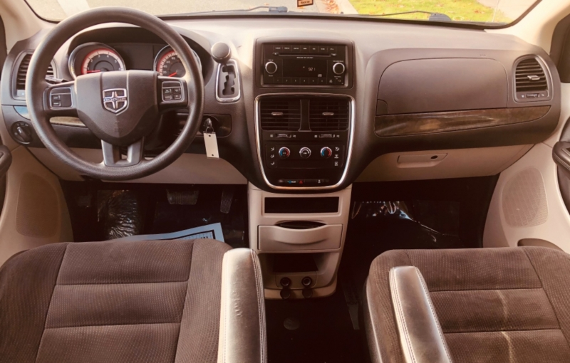 Dodge Grand Caravan 2014 price $9,888