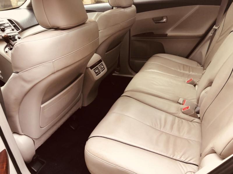 Toyota Venza 2009 price $9,888