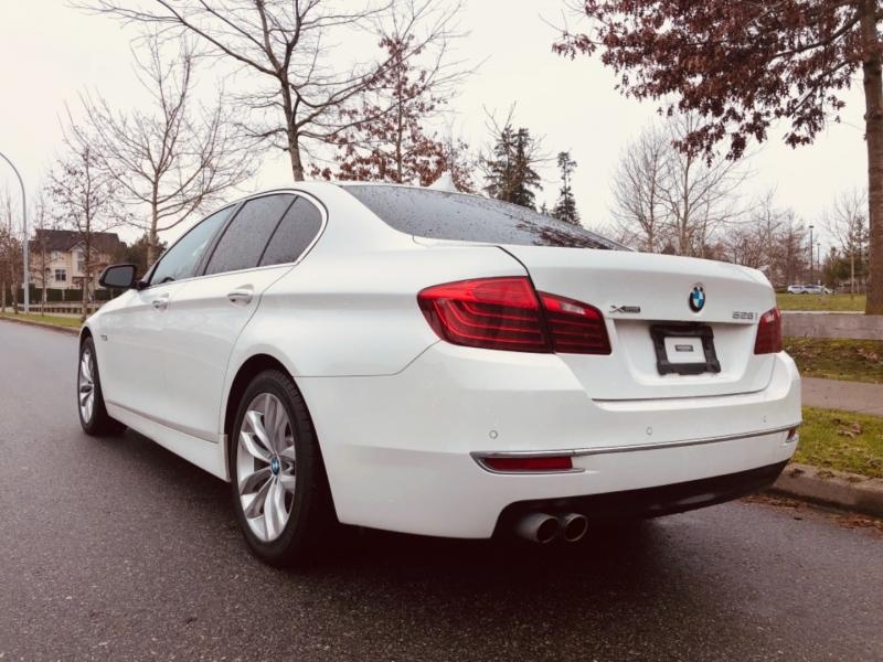 BMW 5-Series 2016 price $24,888