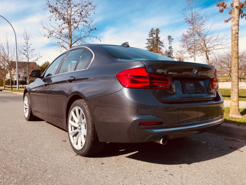 BMW 3-Series 2017 price $21,888