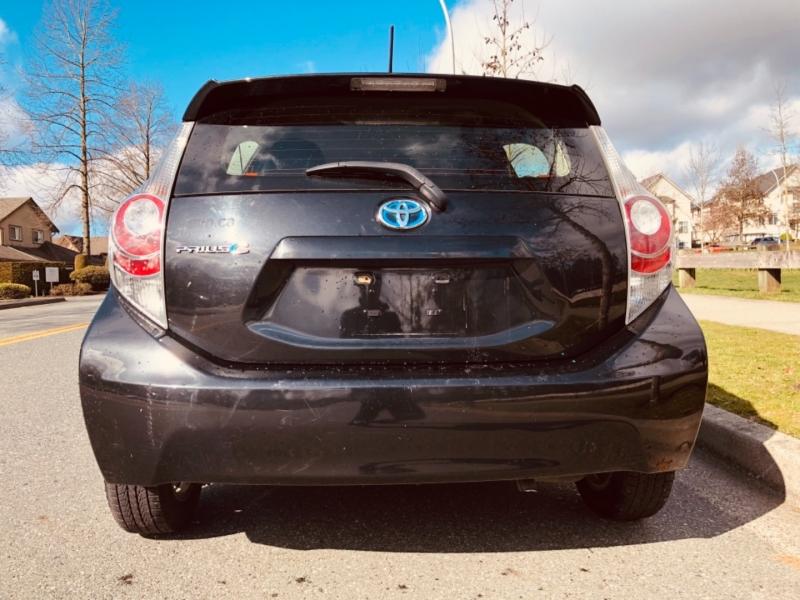 Toyota Prius c 2014 price $12,688