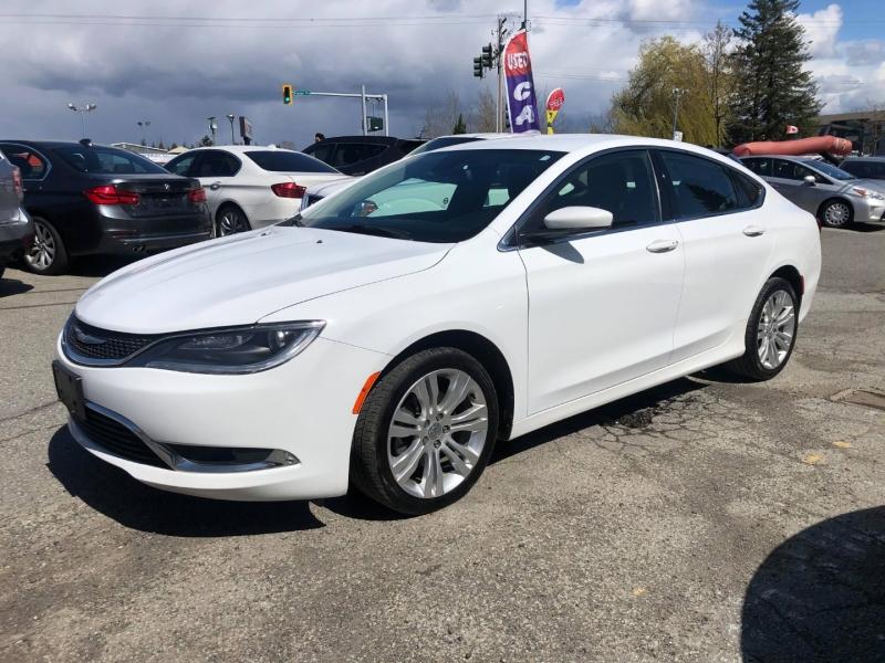 Chrysler 200 2016 price $10,888