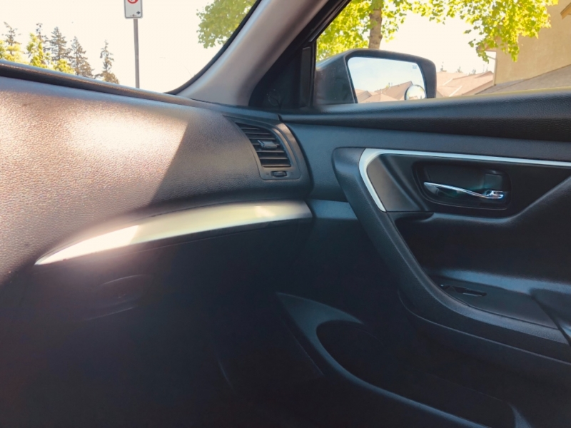 Nissan Altima 2016 price $11,888