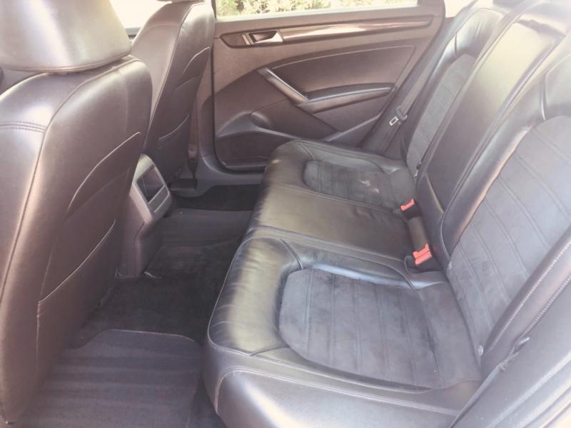 Volkswagen Passat 2012 price $11,888