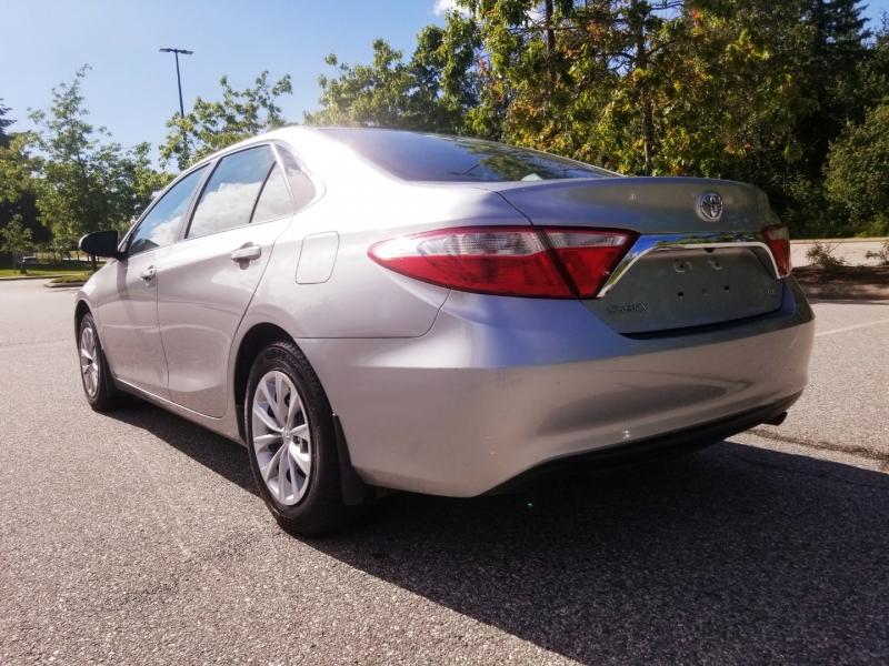 Toyota Camry 2015 price $13,888