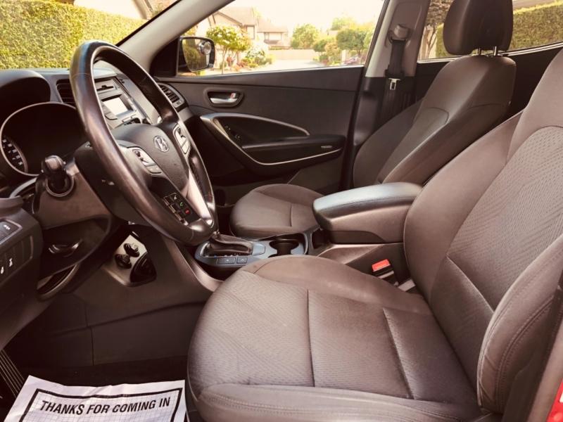 Hyundai Santa Fe Sport 2016 price $10,888