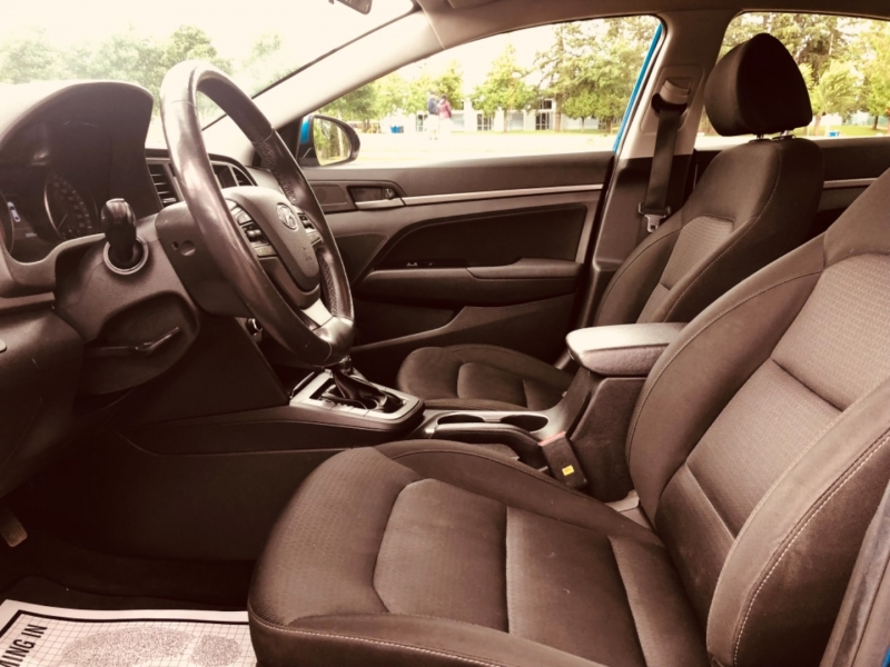 Hyundai Elantra 2017 price $13,888