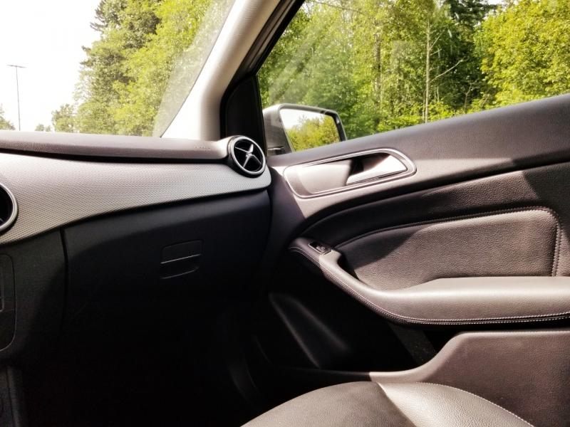 Mercedes-Benz B-Class 2015 price $14,888
