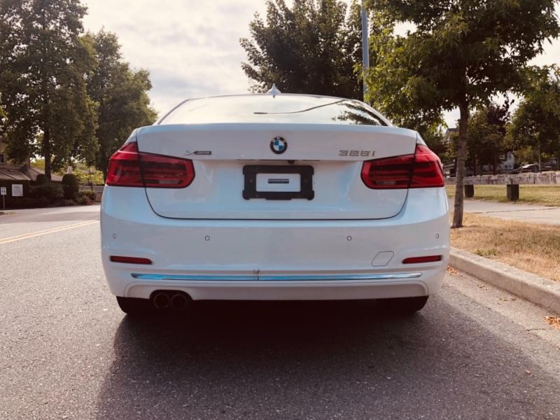 BMW 3-Series 2016 price $21,888