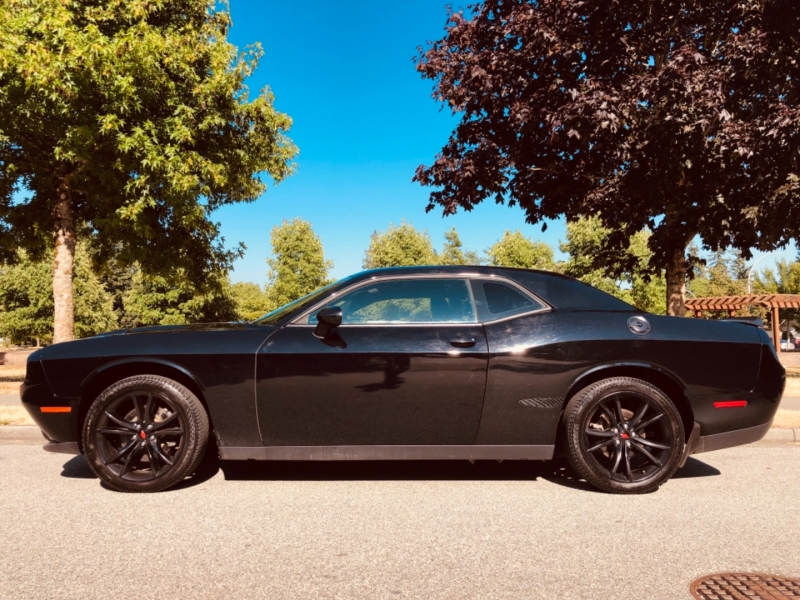 Dodge Challenger 2017 price $38,888