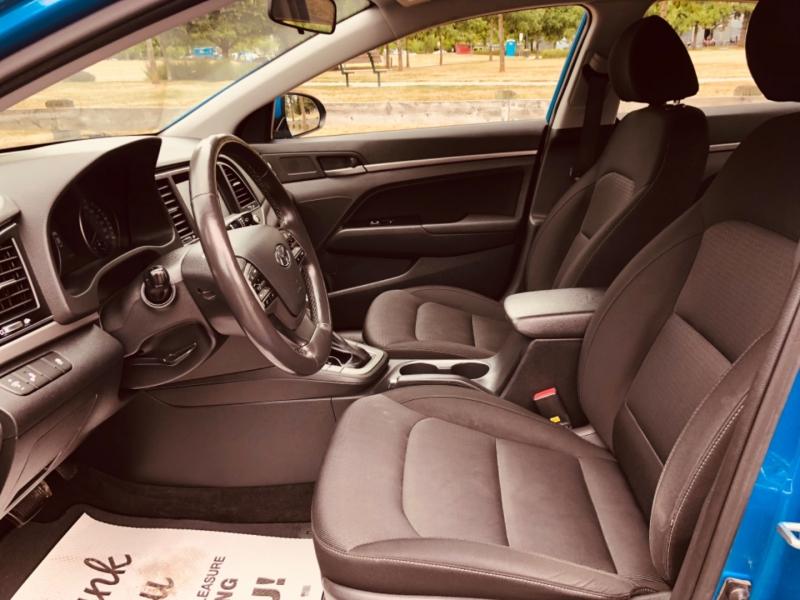 Hyundai Elantra 2018 price $11,888