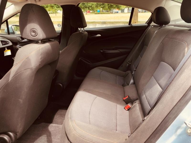 Chevrolet Cruze 2018 price $10,888