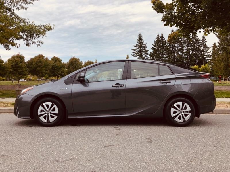 Toyota Prius 2018 price $28,888