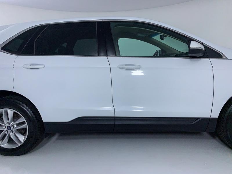 Ford Edge 2015 price $12,998