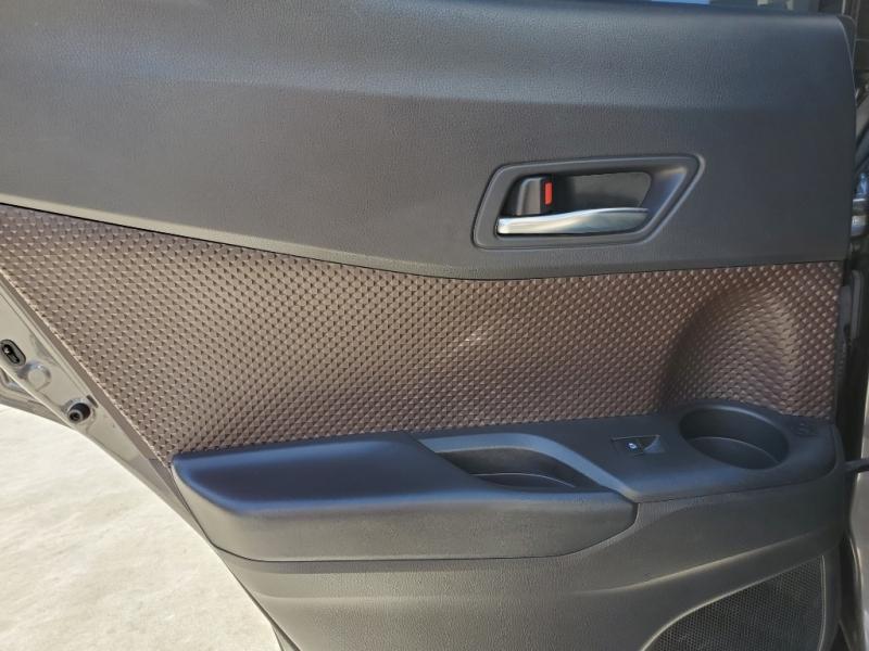 Toyota C-HR 2019 price $19,892