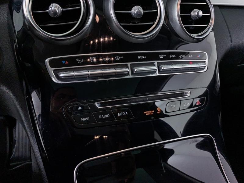Mercedes-Benz C-Class 2017 price $25,869