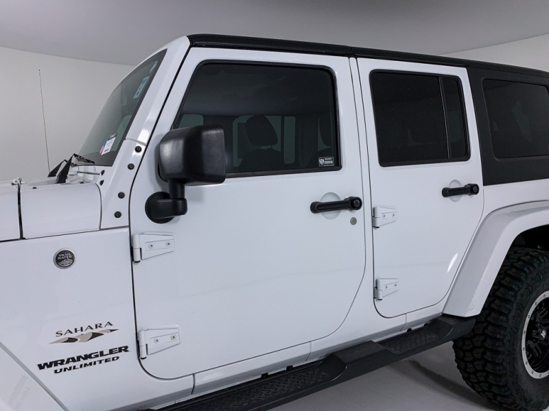 Jeep Wrangler 2017 price $32,900